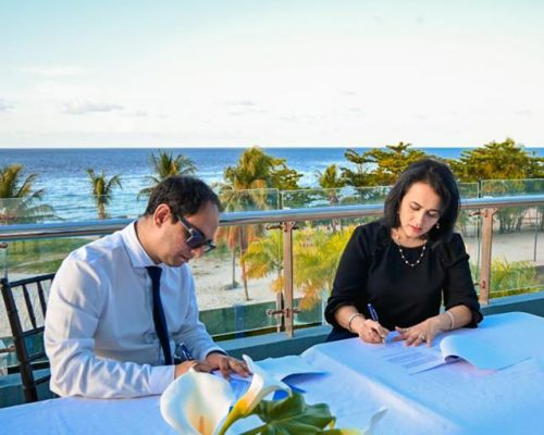 AMCHAM T&T Signs MoU of Mutual Co-operation with AmCham Guyana